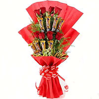 Gift in Bangalore of Pink Roses 10 Flowers 16 Pcs Ferrero Rocher Bouquet Bangalore on Friendship Day
