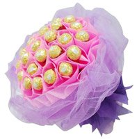 Send 40 Pcs Ferrero Rocher Bouquet as Gifts in Bangalore for Friendship Day