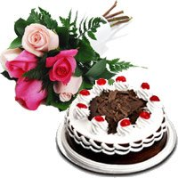 Gift Delivery Of 6 Mix Roses 1 2 Kg Black Forest Cake In Bangalore