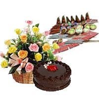 500gm Chocolate Cakes and 20 Mix Roses Basket with Assorted Crackers worth Rs 1200. Deliver Diwali Gifts in Bangalore same Day