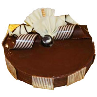Online Cake Delivery in Bengaluru - Chocolate Truffle Cake From 5 Star