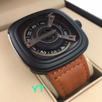 Black Dial Leather Strap Watch 0110