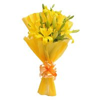 Valentine's Day Flower in Bangalore : Yellow Lily