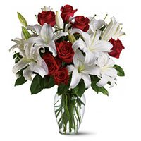 Place Order for Birthday Flowers to Bangalore