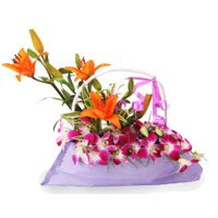 Send Arrangement of Birthday Flowers to Bangalore