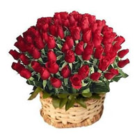 Send Valentines Day Roses to Bangalore
