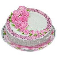 Best Online Cake Delivery in Bangalore that includes 2 Kg Eggless Strawberry Cake