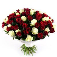 Send Red White Roses Bouquet 100 Flowers in Bangalore together with New Year Flowers to Bengaluru