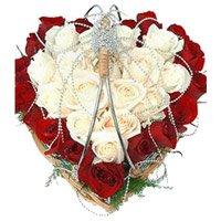 Fresh Valentine's Day Flower Delivery in Bangalore
