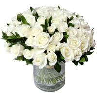 Flowers to Bengaluru : 50 White Roses Vase