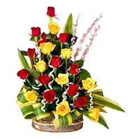 Deliver Red Yellow Roses Arrangement 20 Flowers to Bangalore